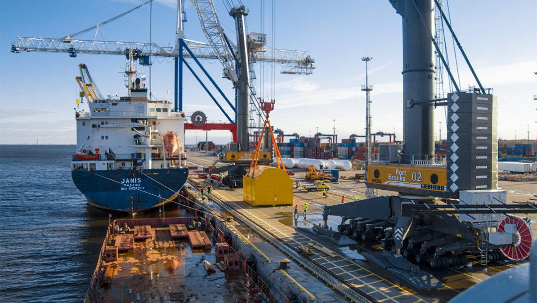 Грузооборот морских портов России за первое полугодие 2021 года незначительно вырос по сравнению с аналогичным периодом прошлого года