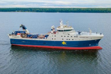 Траулер «Баренцево море» выйдет на промысловые испытания 4 февраля