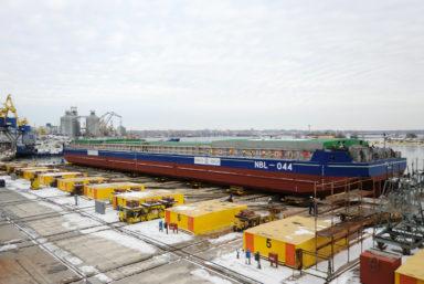 Украинский ССЗ  «Нибулон» спустил на воду очередную баржу проекта NBL-91