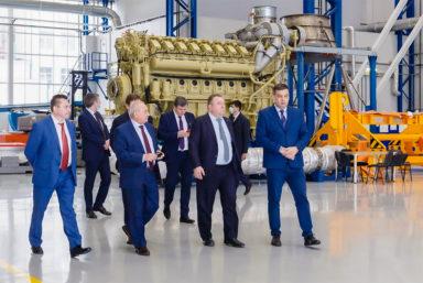 Глава ОСК посетил производство морских агрегатов ОДК