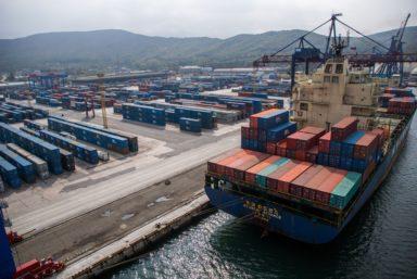 Терминал НУТЭП ставит рекорд по контейнерообороту второй месяц