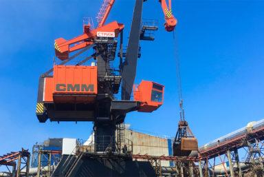 Специалисты «СММ» поставили второй портальный кран «Стриж» на территорию ТОО «КАЗЦИНК»