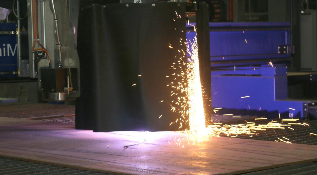 На ССК «Звезда» состоялась резка металла для третьего газовоза СПГ ледового класса Arc7