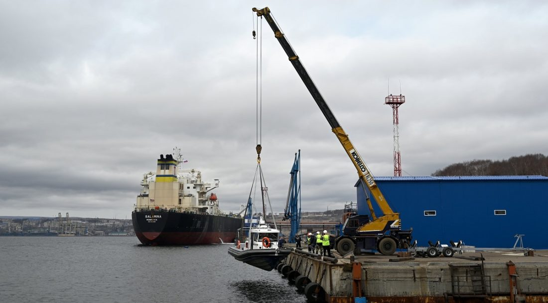 Флот АМП Охотского моря и Татарского пролива пополнил катер «Кракен 1200»