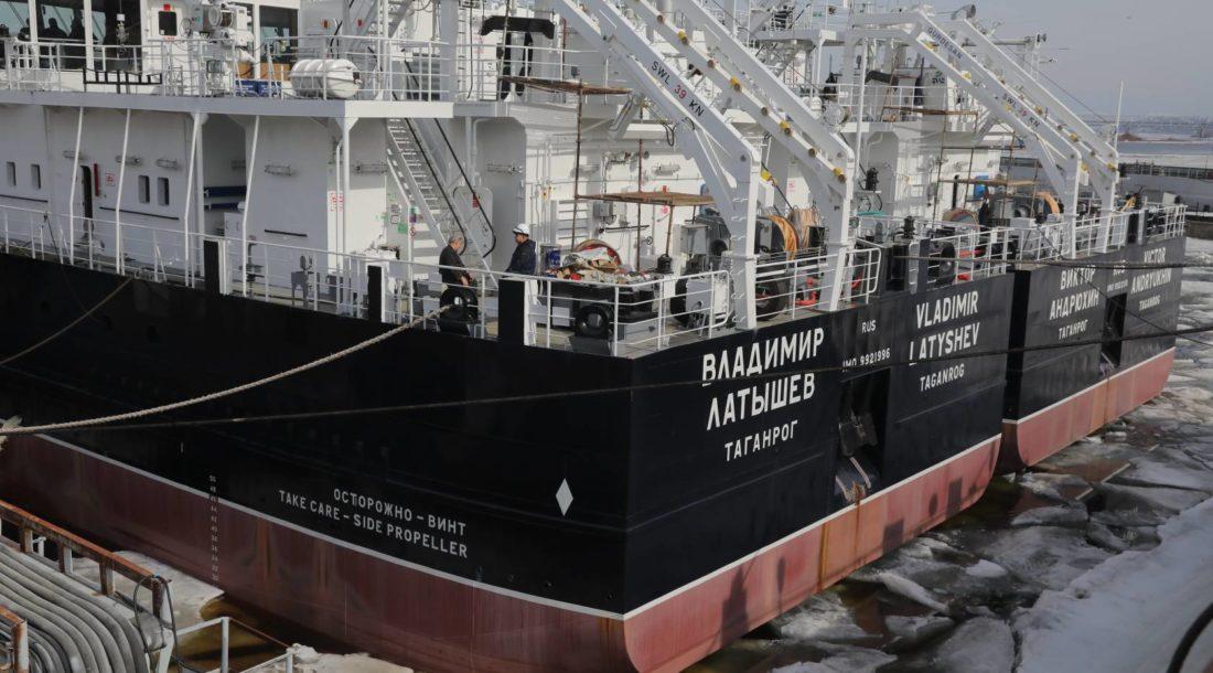 Нижегородский завод «Красное Сормово» передал заказчику сухогруз «Владимир Латышев»