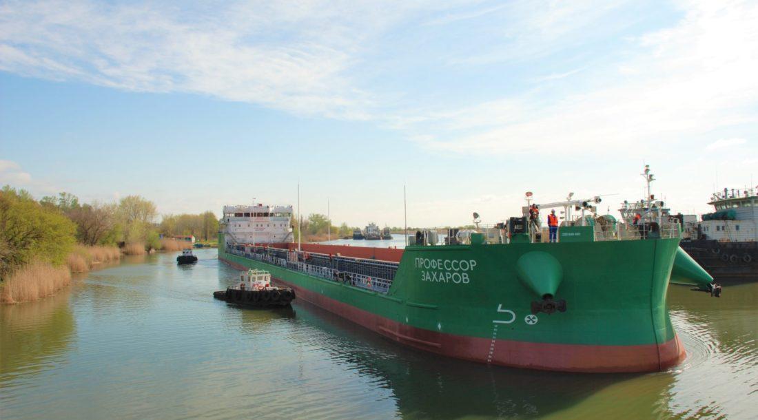 Наливной флот Волжского пароходства начал перевозку мазута из Нижегородской области