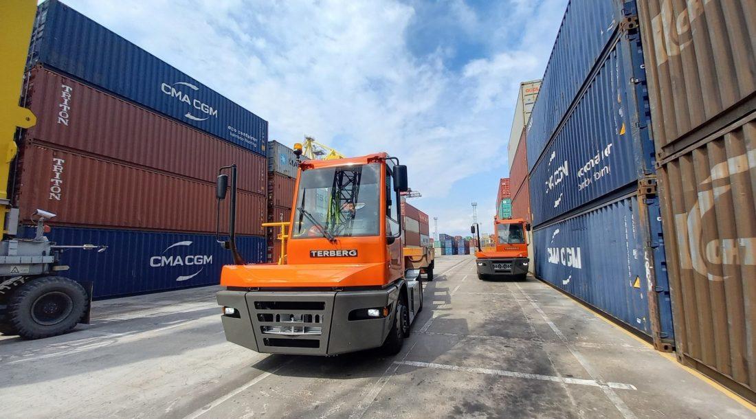 «Первый контейнерный терминал» и «Петролеспорт» пополнят парк техники