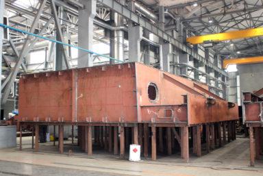 Завод «Нибулон» завершает формирование корпуса судна проекта В5000М