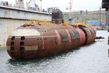 Подводная лодка К-3 готовится к переходу в Кронштадт