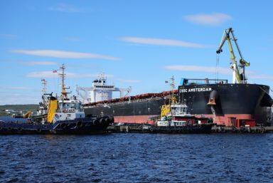 Мурманский балкерный терминал погрузил рекордное количество тонн железорудного концентрата на судно класса BabyCapeSize