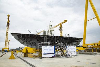 На ССК «Звезда» заложили киль нового газовоза для проекта «Арктик СПГ 2»