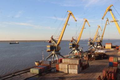 В навигацию 2021 года флот ЛОРП перевез 924 тыс. тонн грузов
