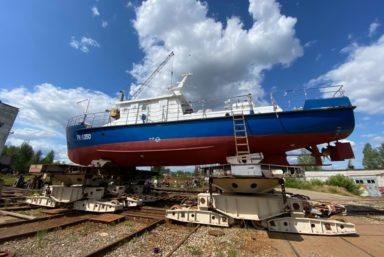 Ярославский судостроительный завод спустил на воду многоцелевой катер «РК-1350» проекта 02220