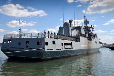 Последний в серии из шести фрегатов 11356 будет продан за рубеж